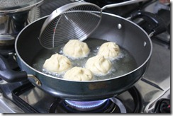 2012-03-11 Modak Making 003